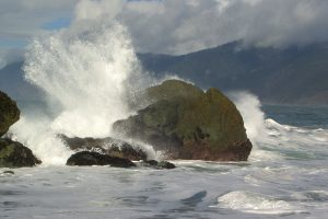 waves-crashing-between-rocks-6